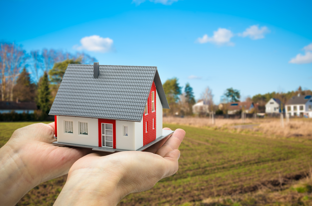 Tips and Pitfalls of Buying Land to Build Your Dream House